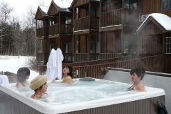 Canada spa resorts for Auberge la maison otis